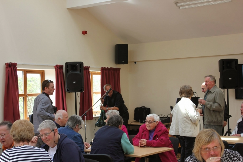 040515 Bempton & Buckton Village Hall opening 014