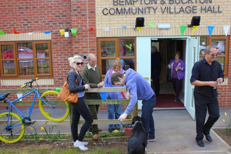 040515 Bempton & Buckton Village Hall opening 075