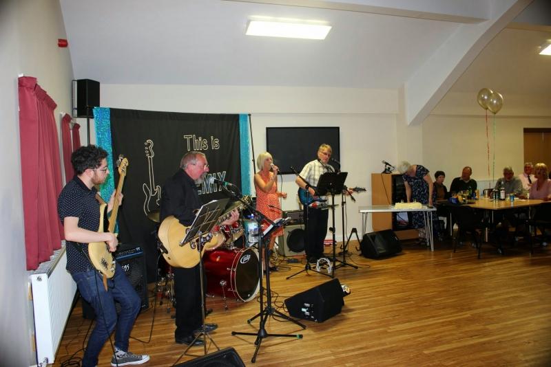 040515 Bempton & Buckton Village Hall opening 192